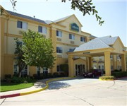 Photo of La Quinta Inn & Suites Dallas Northwest - Dallas, TX