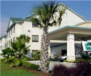 Photo of La Quinta Inn & Suites Houston North - Houston, TX
