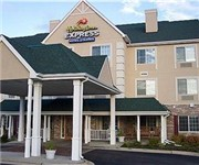 Photo of Holiday Inn Express Chicago-Deerfield-Lincolnshire - Riverwoods, IL