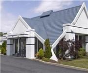 Photo of Howard Johnson Inn & Suites - Milwaukee, WI